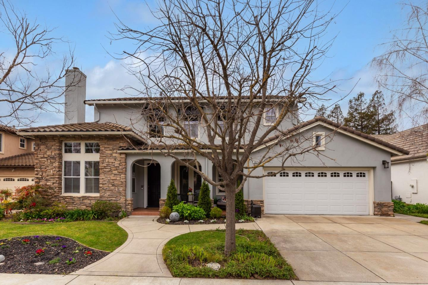 Detail Gallery Image 1 of 1 For 16870 Cabernet Ct, Morgan Hill,  CA 95037 - 4 Beds | 4 Baths