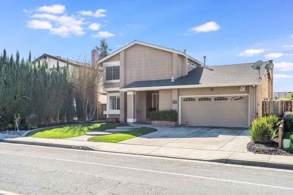 Detail Gallery Image 1 of 1 For 5744 Silver Leaf Rd, San Jose,  CA 95138 - 4 Beds | 2/1 Baths