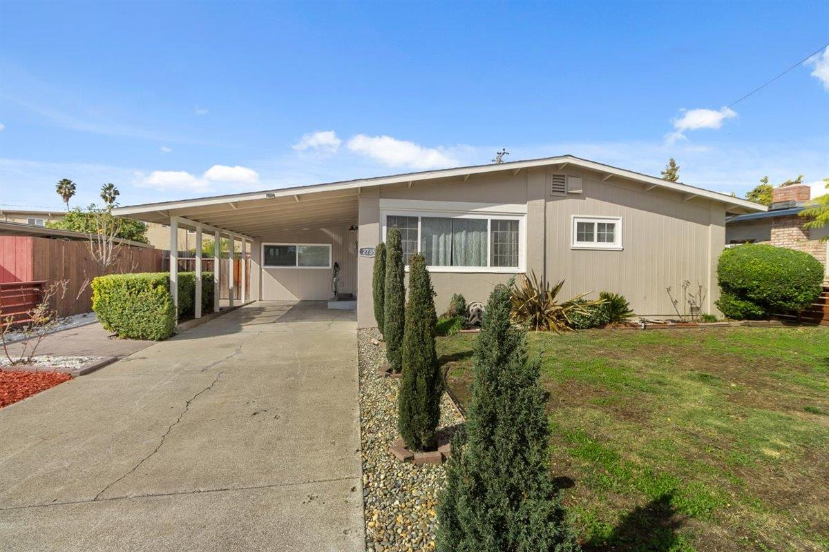 Detail Gallery Image 1 of 1 For 2735 Sussex Dr, San Jose,  CA 95127 - 3 Beds   1 Baths
