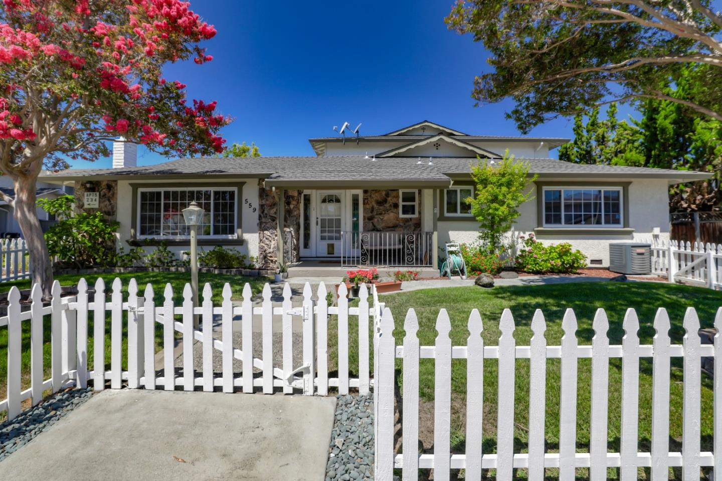 Detail Gallery Image 1 of 1 For 559 Firloch Ave, Sunnyvale,  CA 94086 - – Beds | – Baths