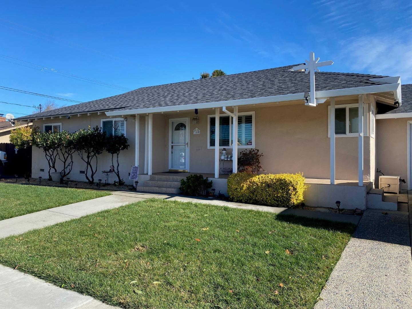 Detail Gallery Image 1 of 1 For 768 Palma Dr, Salinas,  CA 93901 - 3 Beds | 2 Baths