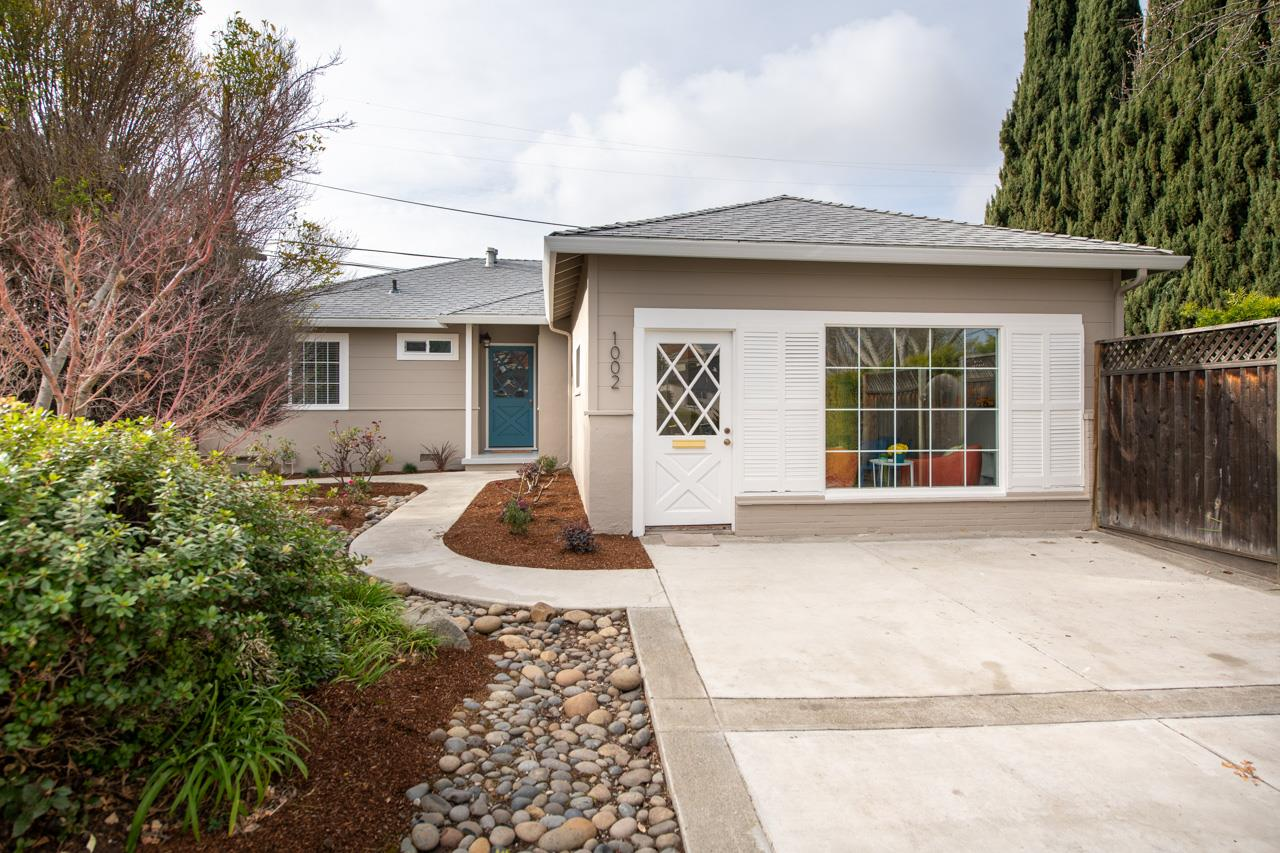 Detail Gallery Image 1 of 1 For 1002 W Mc Kinley Ave, Sunnyvale,  CA 94086 - 3 Beds | 1/1 Baths