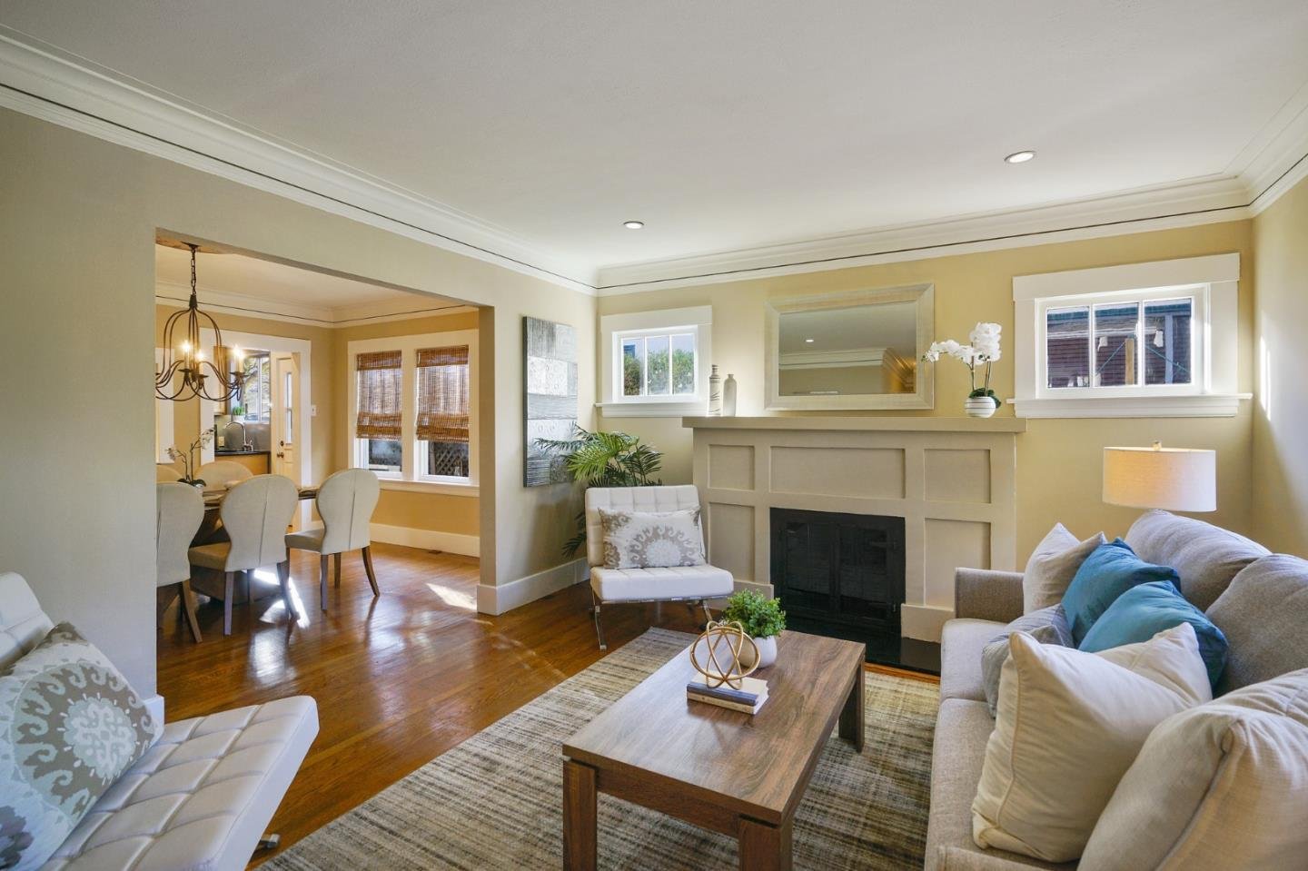 Detail Gallery Image 1 of 44 For 1027 Chula Vista Ave, Burlingame,  CA 94010 - 3 Beds   2 Baths
