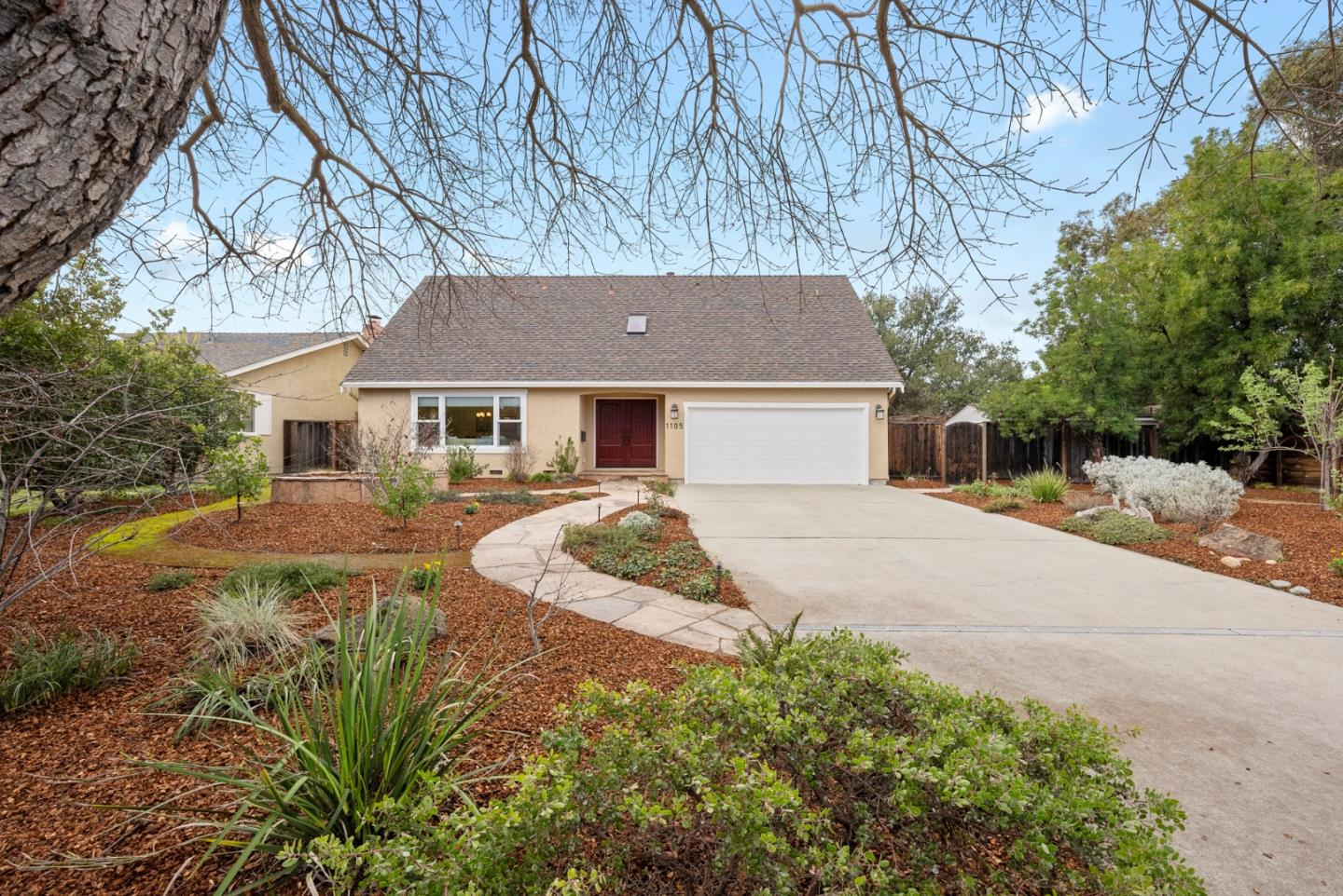 Detail Gallery Image 1 of 33 For 1105 Remington Ct, Sunnyvale,  CA 94087 - 4 Beds | 2/1 Baths