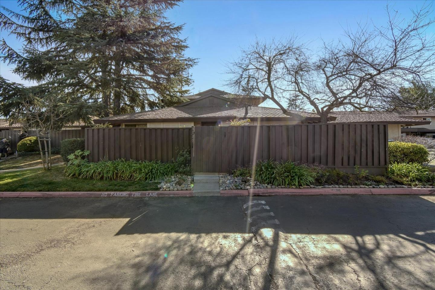 Detail Gallery Image 1 of 1 For 5020 Pine Tree Ter, Campbell,  CA 95008 - 2 Beds   1 Baths