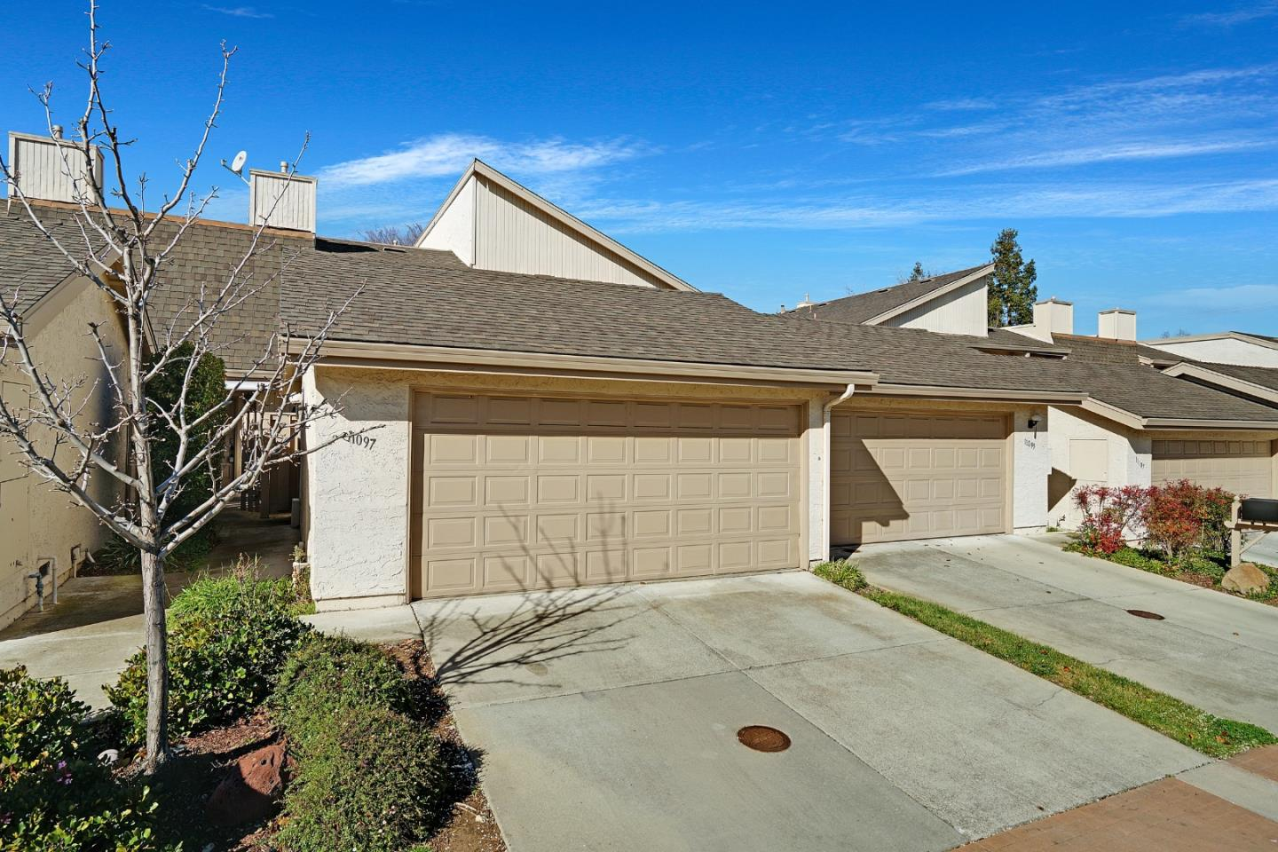Detail Gallery Image 1 of 1 For 11097 Flowering Pear Dr, Cupertino,  CA 95014 - 3 Beds | 2/1 Baths