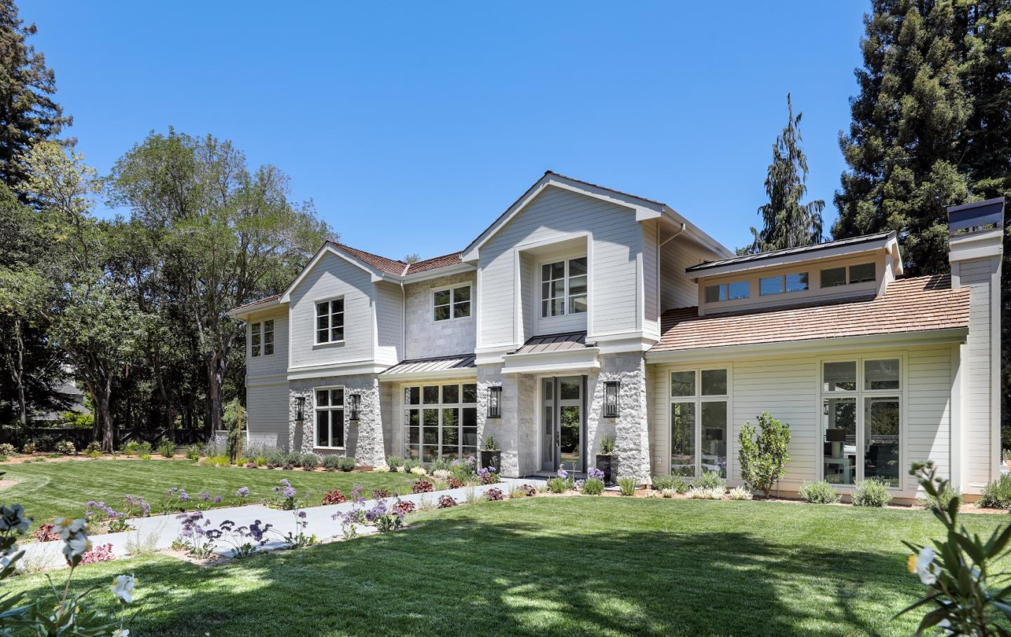 Detail Gallery Image 1 of 36 For 289 Almendral Ave, Atherton,  CA 94027 - 5 Beds | 6/2 Baths