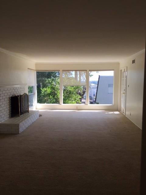 Detail Gallery Image 1 of 19 For 135 London Court, San Bruno,  CA 94066 - 2 Beds   2 Baths