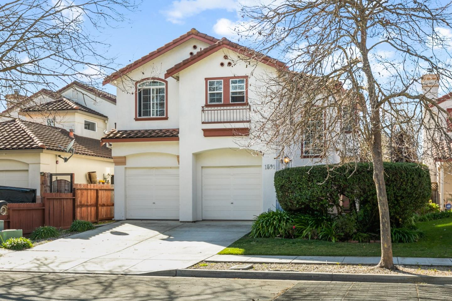 Detail Gallery Image 1 of 33 For 1591 Little River Dr, Salinas,  CA 93906 - 3 Beds   2/1 Baths