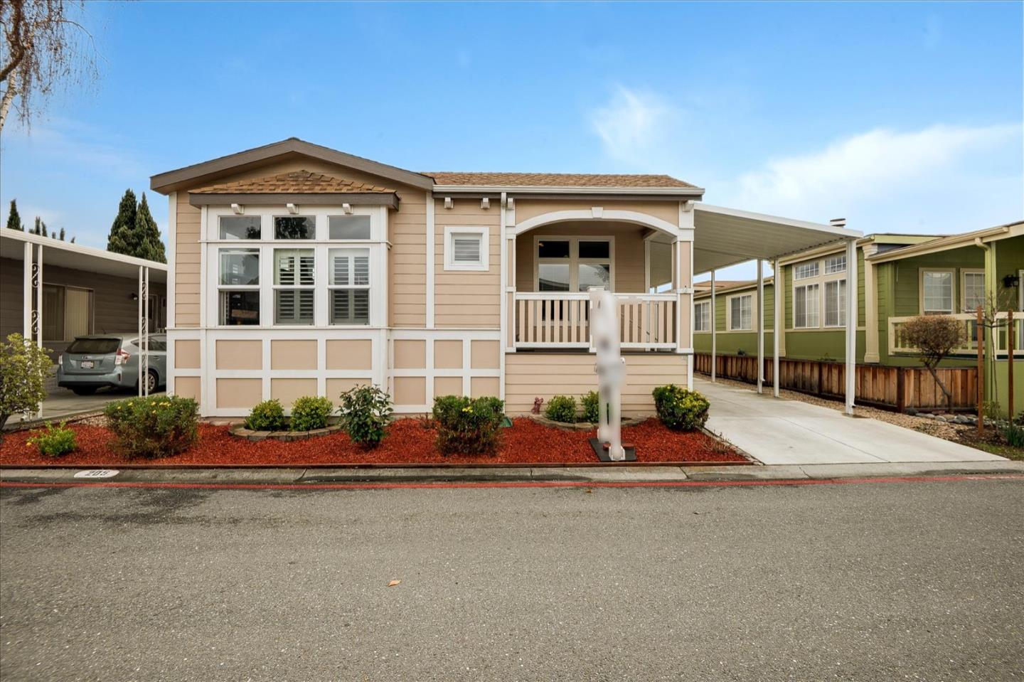 Detail Gallery Image 1 of 38 For 1111 Morse Ave #205,  Sunnyvale,  CA 94089 - 3 Beds | 2 Baths