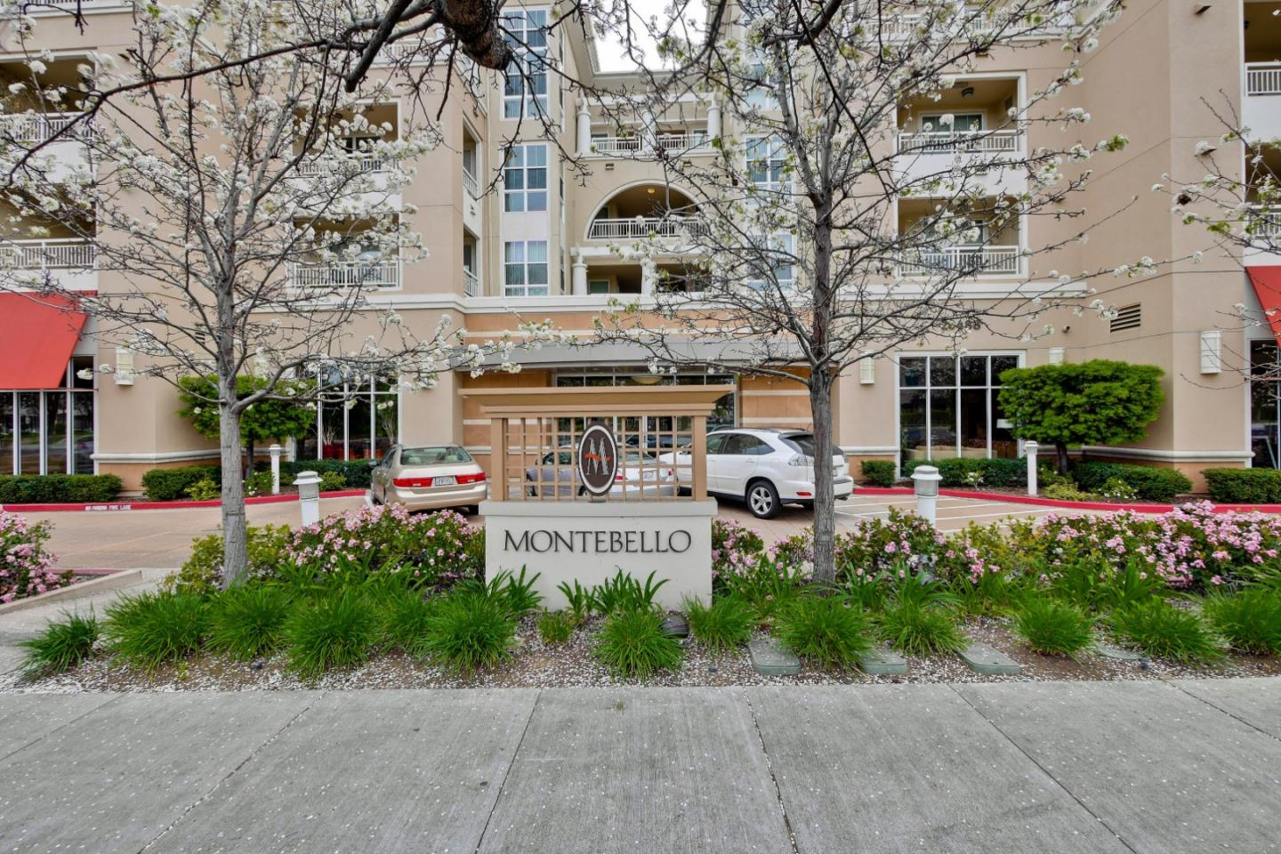 Detail Gallery Image 1 of 37 For 20488 Stevens Creek Blvd #1809,  Cupertino,  CA 95014 - 1 Beds | 1 Baths