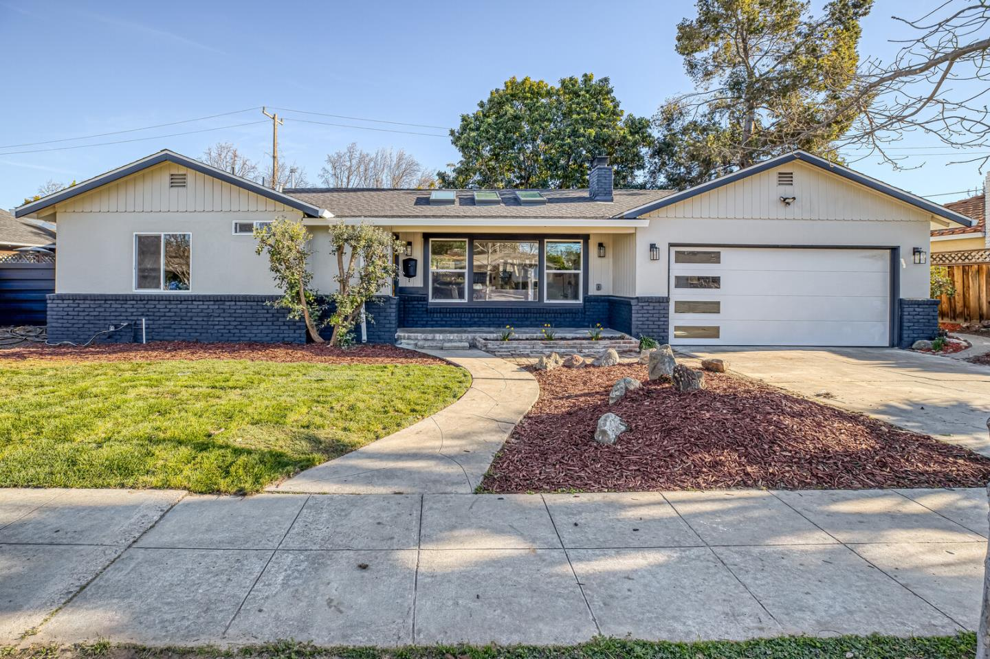 Detail Gallery Image 1 of 1 For 1224 Madrona Ave, San Jose,  CA 95125 - 3 Beds | 2 Baths