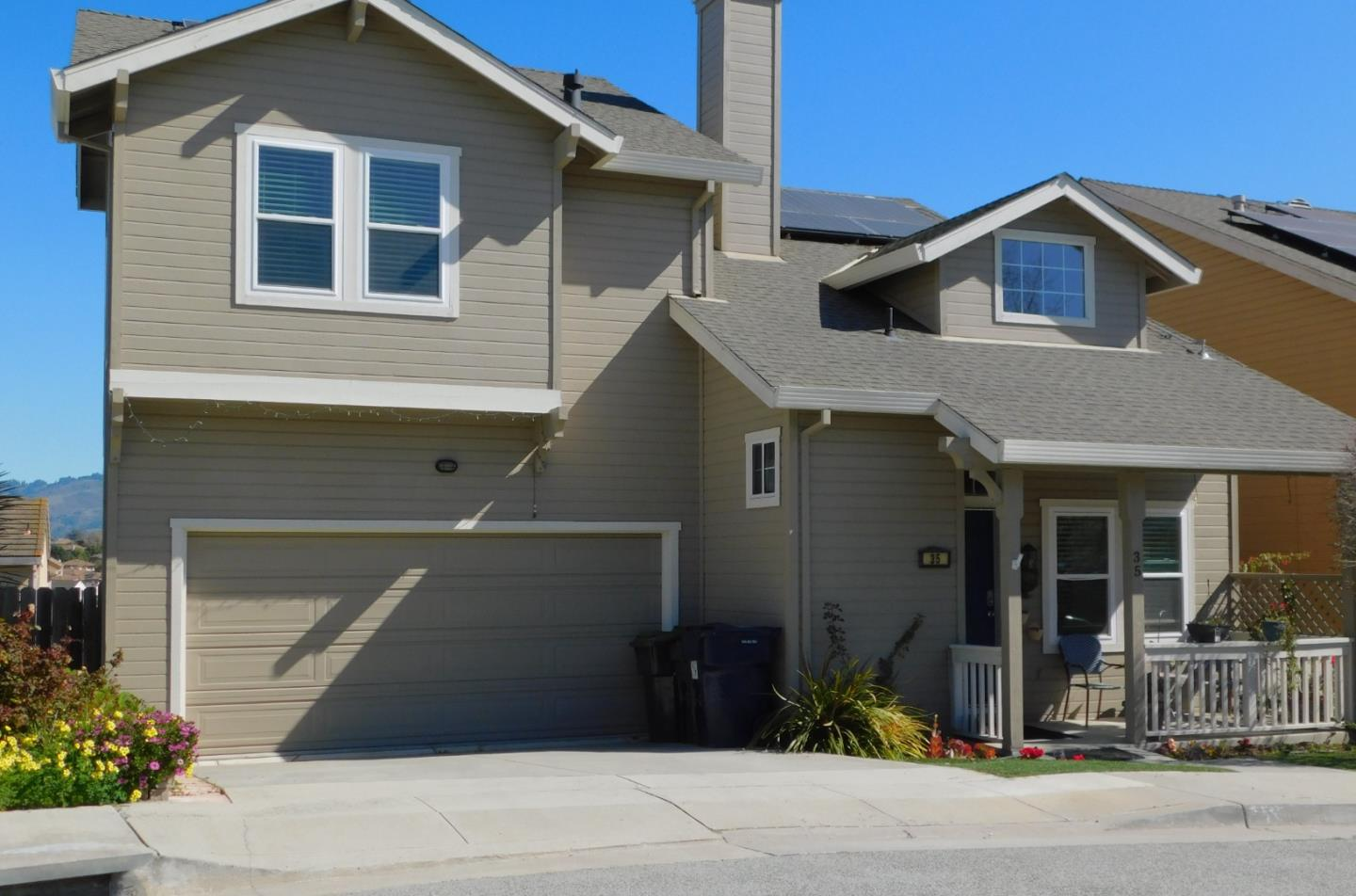 Detail Gallery Image 1 of 1 For 35 Peppertree Ln, Watsonville,  CA 95076 - 3 Beds | 2/1 Baths