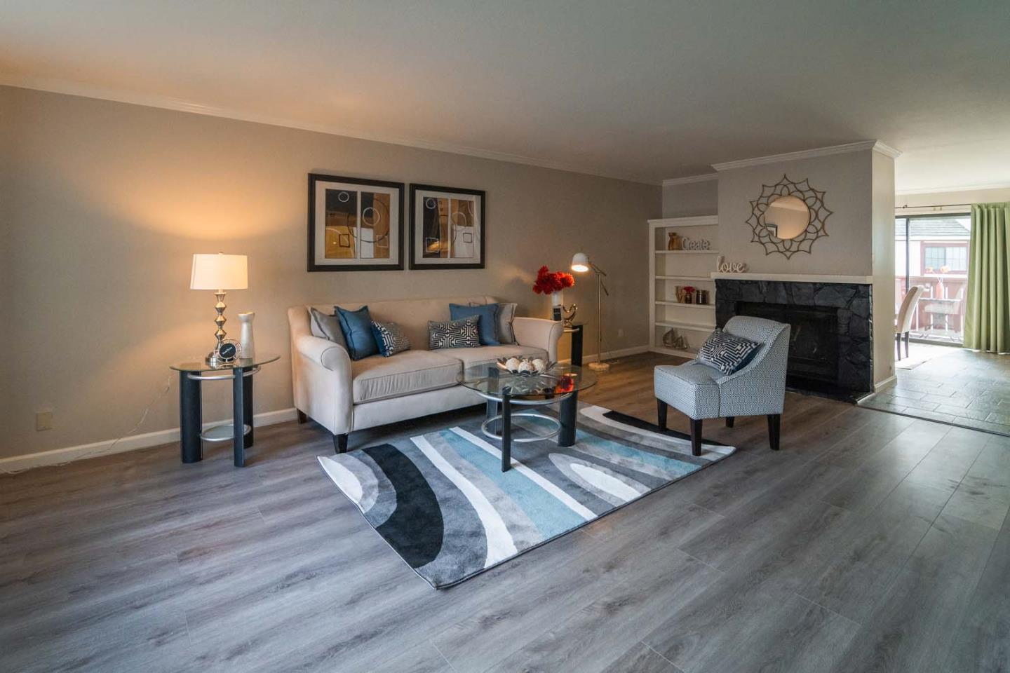 Detail Gallery Image 1 of 31 For 717 Duncanville Ct, Campbell,  CA 95008 - 2 Beds | 2/1 Baths
