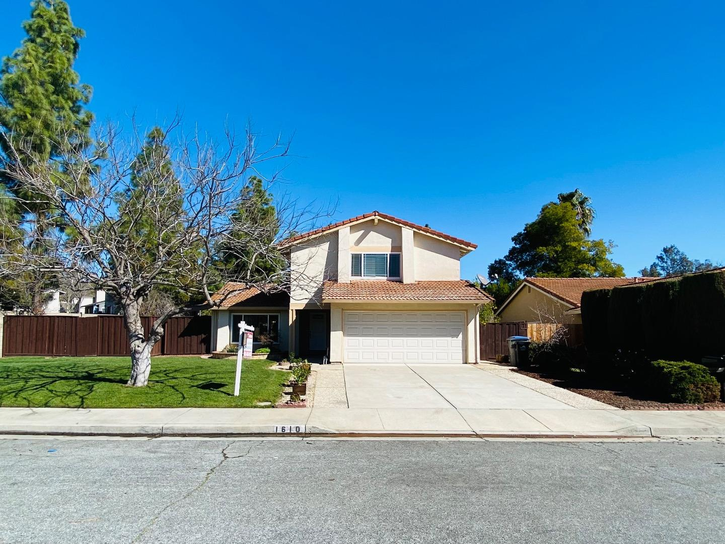 Detail Gallery Image 1 of 1 For 1610 Barden Way, San Jose,  CA 95128 - 4 Beds   2/1 Baths