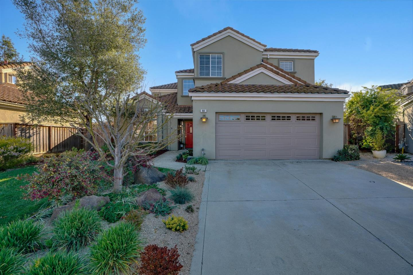 Detail Gallery Image 1 of 1 For 964 White Cloud Dr, Morgan Hill,  CA 95037 - 4 Beds | 2/1 Baths