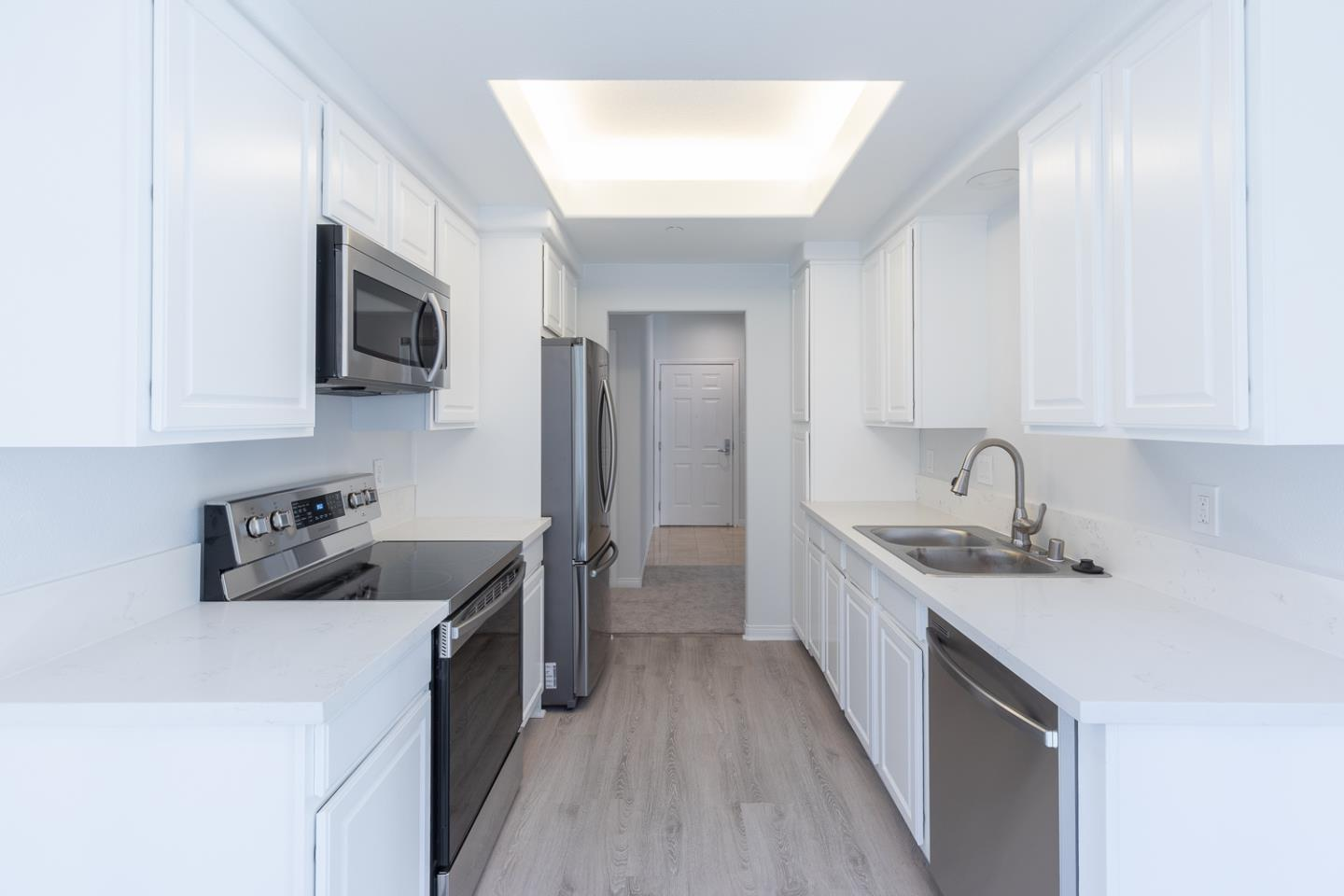 Detail Gallery Image 1 of 25 For 144 S 3rd St #432,  San Jose,  CA 95112 - 1 Beds | 1 Baths
