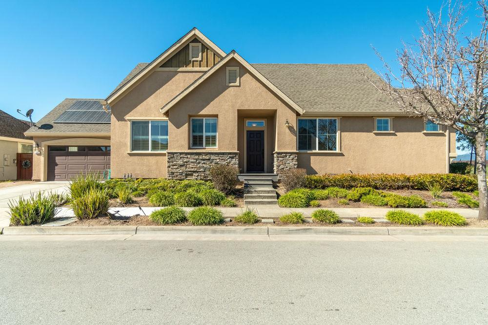 Detail Gallery Image 1 of 1 For 837 Delta Way, Watsonville,  CA 95076 - 3 Beds | 2 Baths