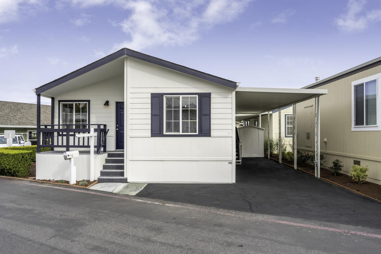 Detail Gallery Image 1 of 18 For 1201 Sycamore Terr #122,  Sunnyvale,  CA 94086 - 2 Beds   1 Baths