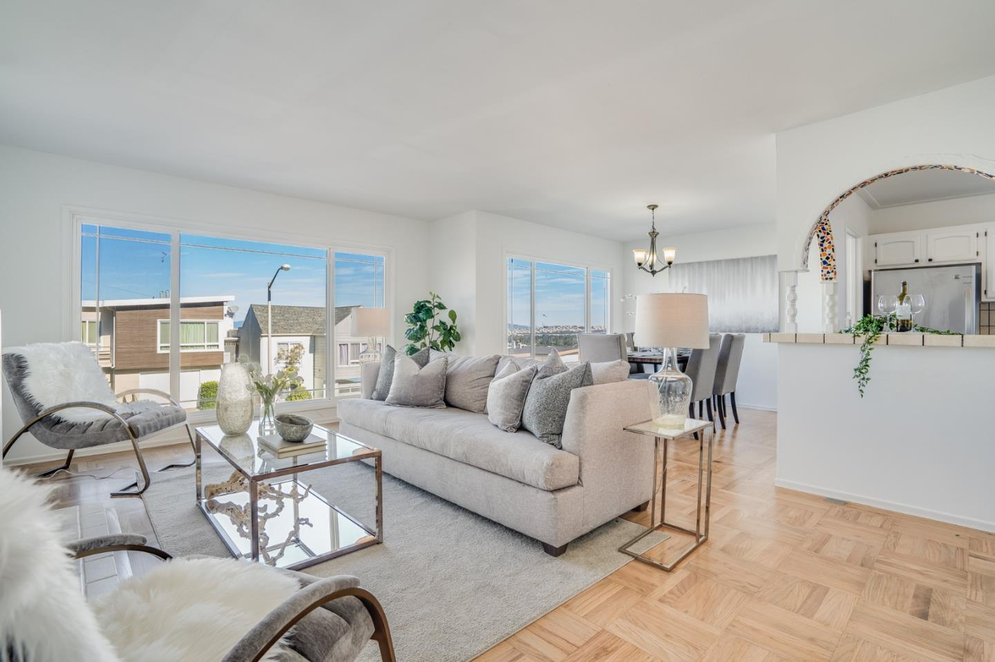 Detail Gallery Image 1 of 1 For 29 Seacliff Ave, Daly City,  CA 94015 - 3 Beds | 1 Baths