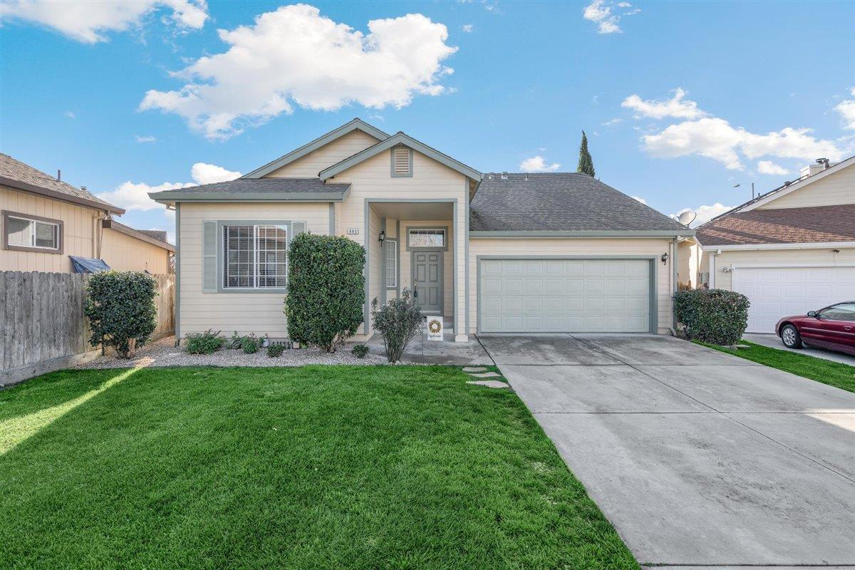 Detail Gallery Image 1 of 1 For 860 Mica Ct, Hollister,  CA 95023 - 3 Beds   2 Baths