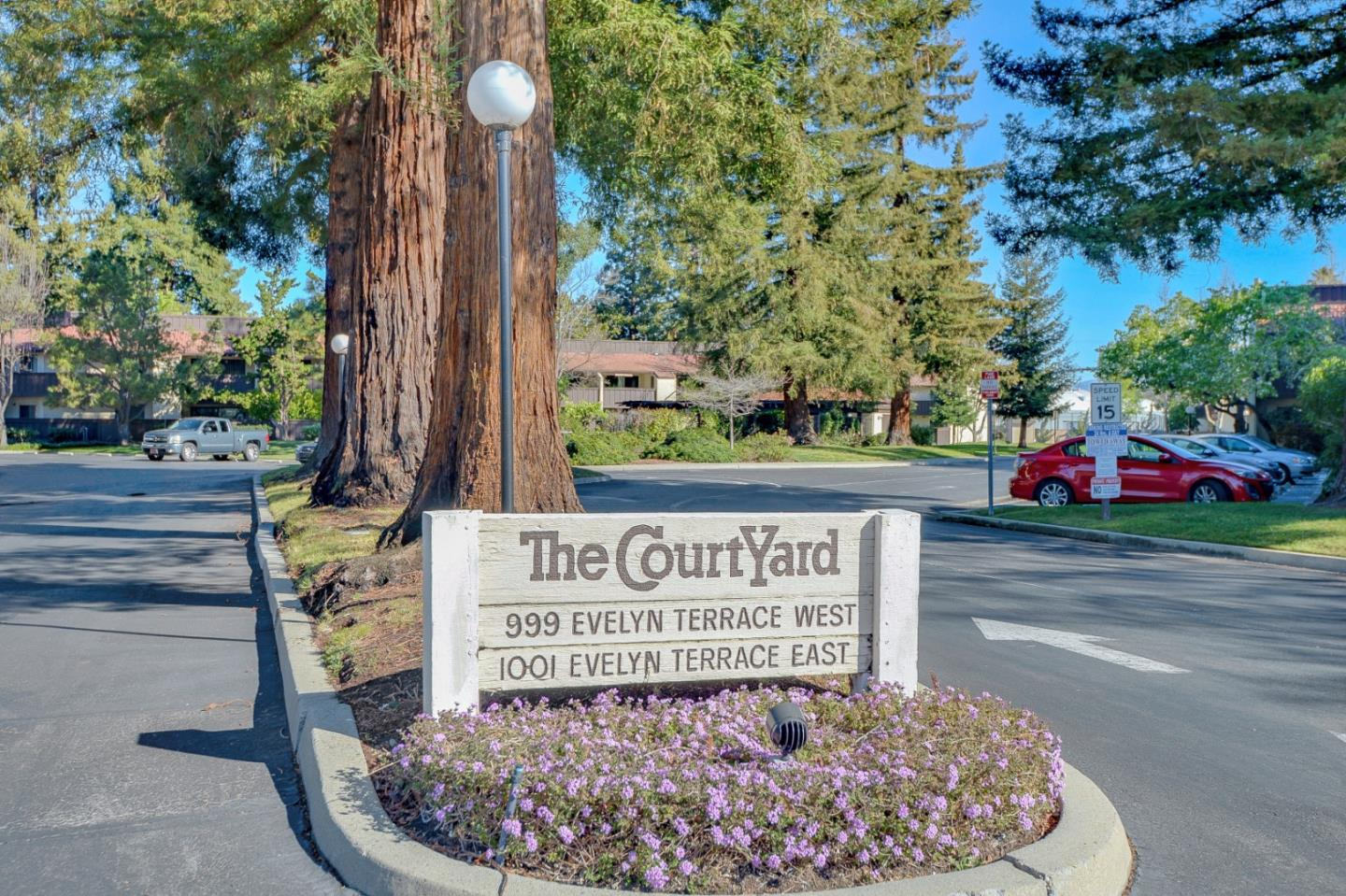 Detail Gallery Image 1 of 1 For 1001 E Evelyn Ter #103,  Sunnyvale,  CA 94086 - 2 Beds | 1 Baths