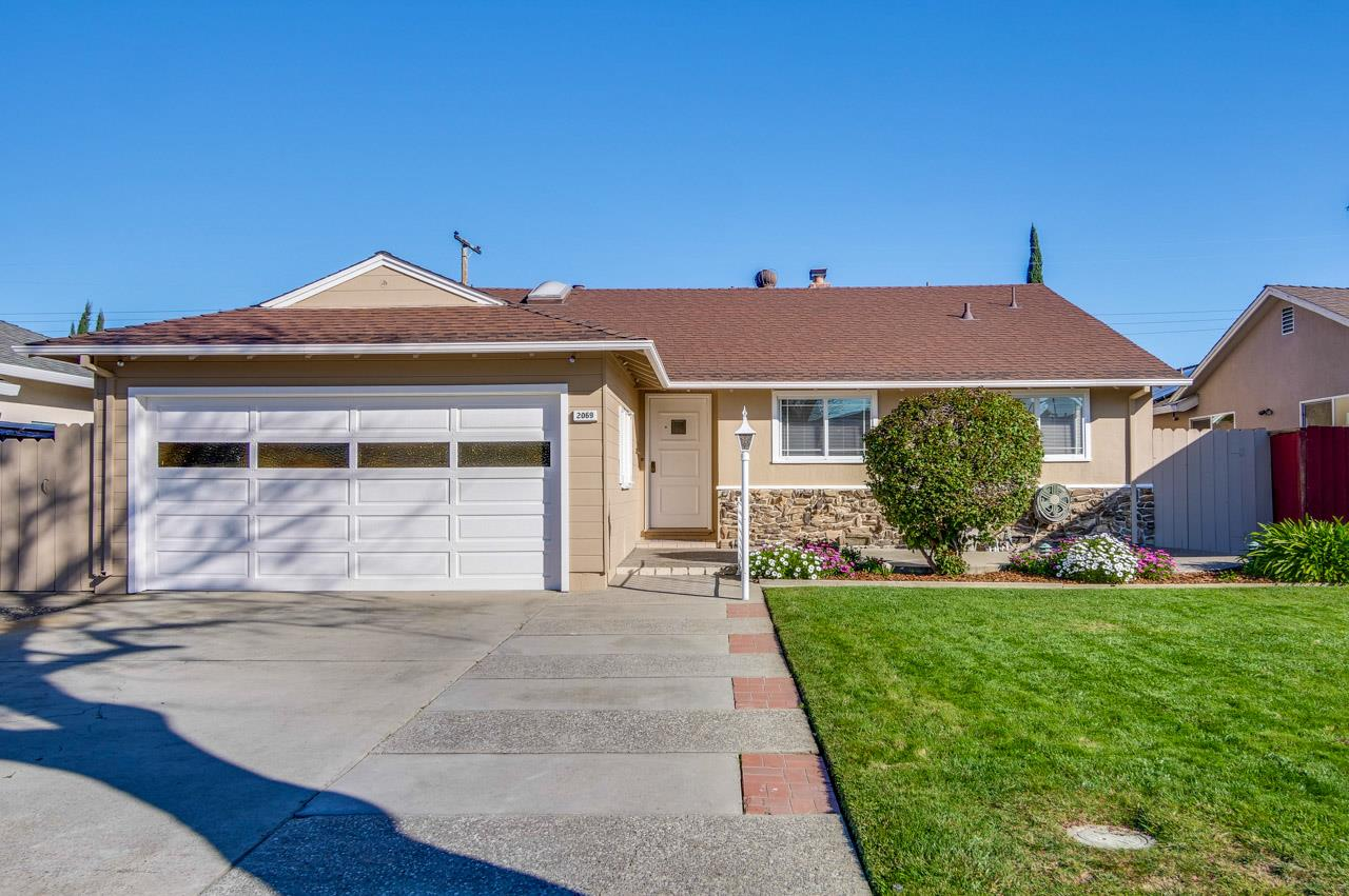 Detail Gallery Image 1 of 1 For 2069 Leon Dr, San Jose,  CA 95128 - 3 Beds | 2/1 Baths
