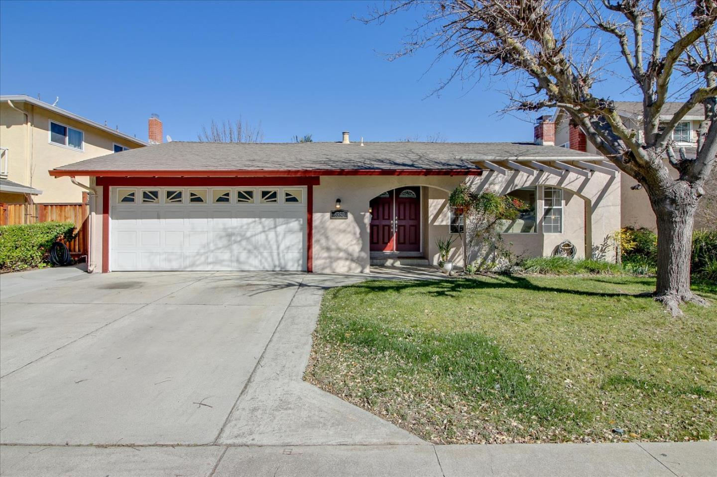 Detail Gallery Image 1 of 1 For 6350 Malory Dr, San Jose,  CA 95123 - 4 Beds   2 Baths