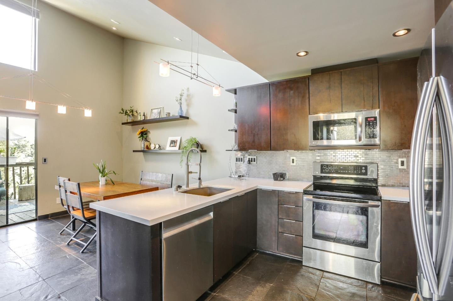 Detail Gallery Image 1 of 35 For 1 Montsalas Dr, Monterey,  CA 93940 - 2 Beds   2 Baths