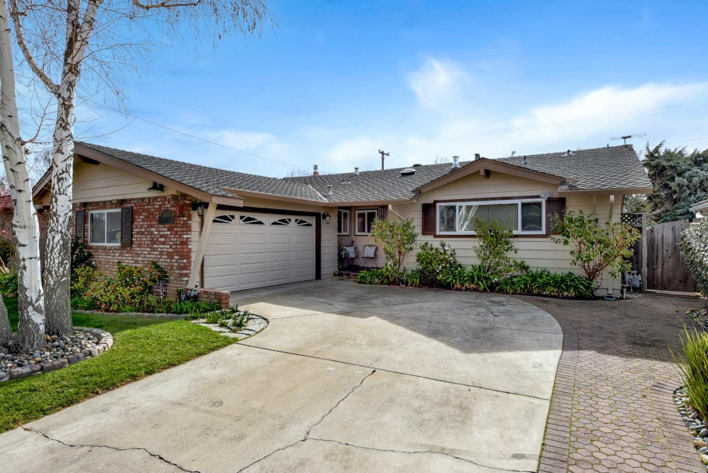 Detail Gallery Image 1 of 1 For 1664 Husted Ave, San Jose,  CA 95125 - 3 Beds | 2/1 Baths