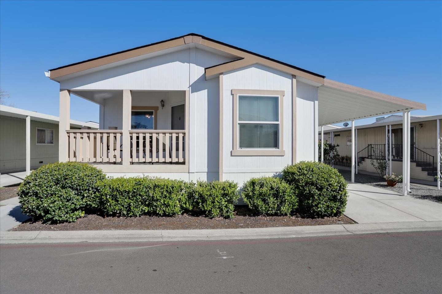 Detail Gallery Image 1 of 51 For 1220 Tasman Dr #319,  Sunnyvale,  CA 94089 - 3 Beds | 2 Baths