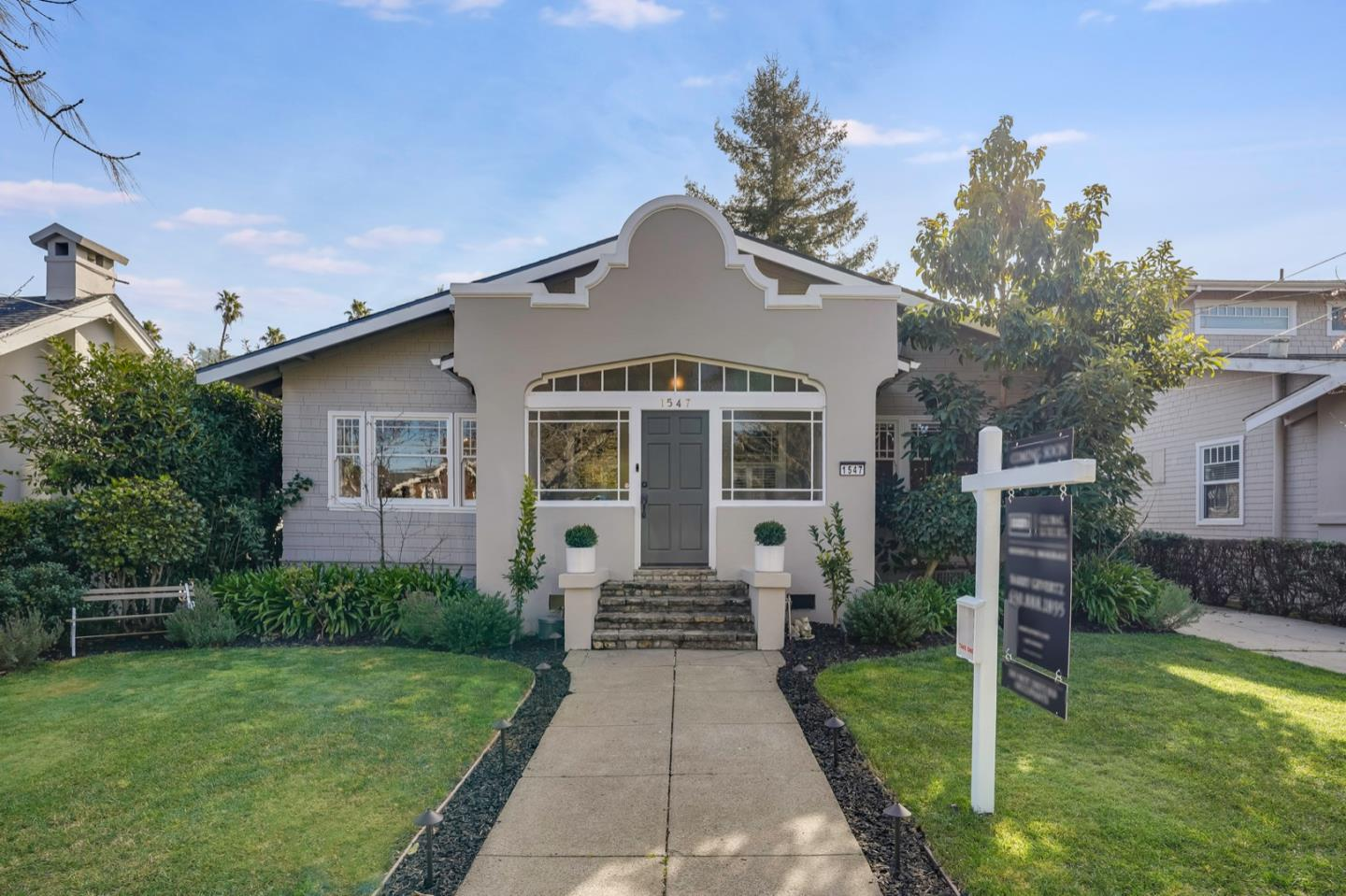 Detail Gallery Image 1 of 1 For 1547 Cypress Ave, Burlingame,  CA 94010 - 4 Beds   3 Baths
