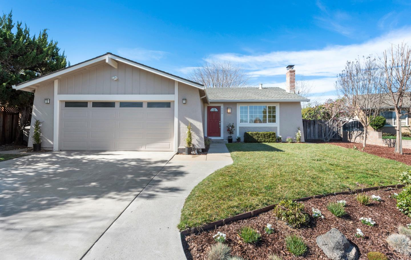 Detail Gallery Image 1 of 1 For 555 Biscayne Ct, Morgan Hill,  CA 95037 - 3 Beds | 2 Baths