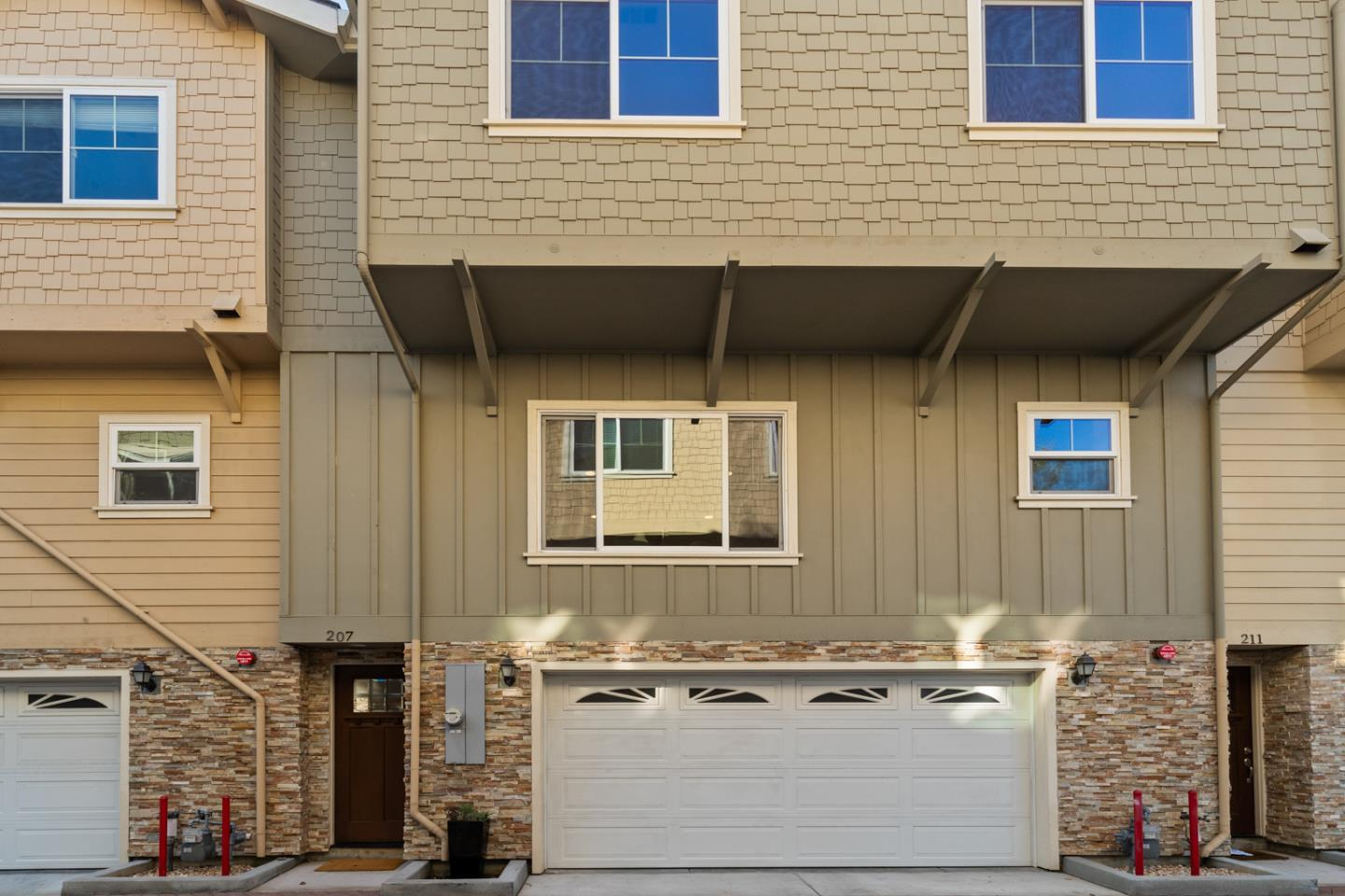 Detail Gallery Image 1 of 1 For 207 San Ardo Ter, Sunnyvale,  CA 94086 - 3 Beds | 2/1 Baths