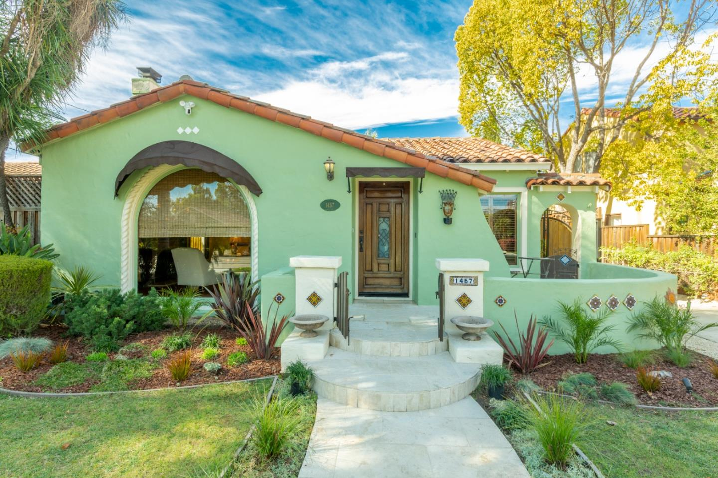 Detail Gallery Image 1 of 1 For 1457 Shasta Ave, San Jose,  CA 95126 - 3 Beds | 2 Baths