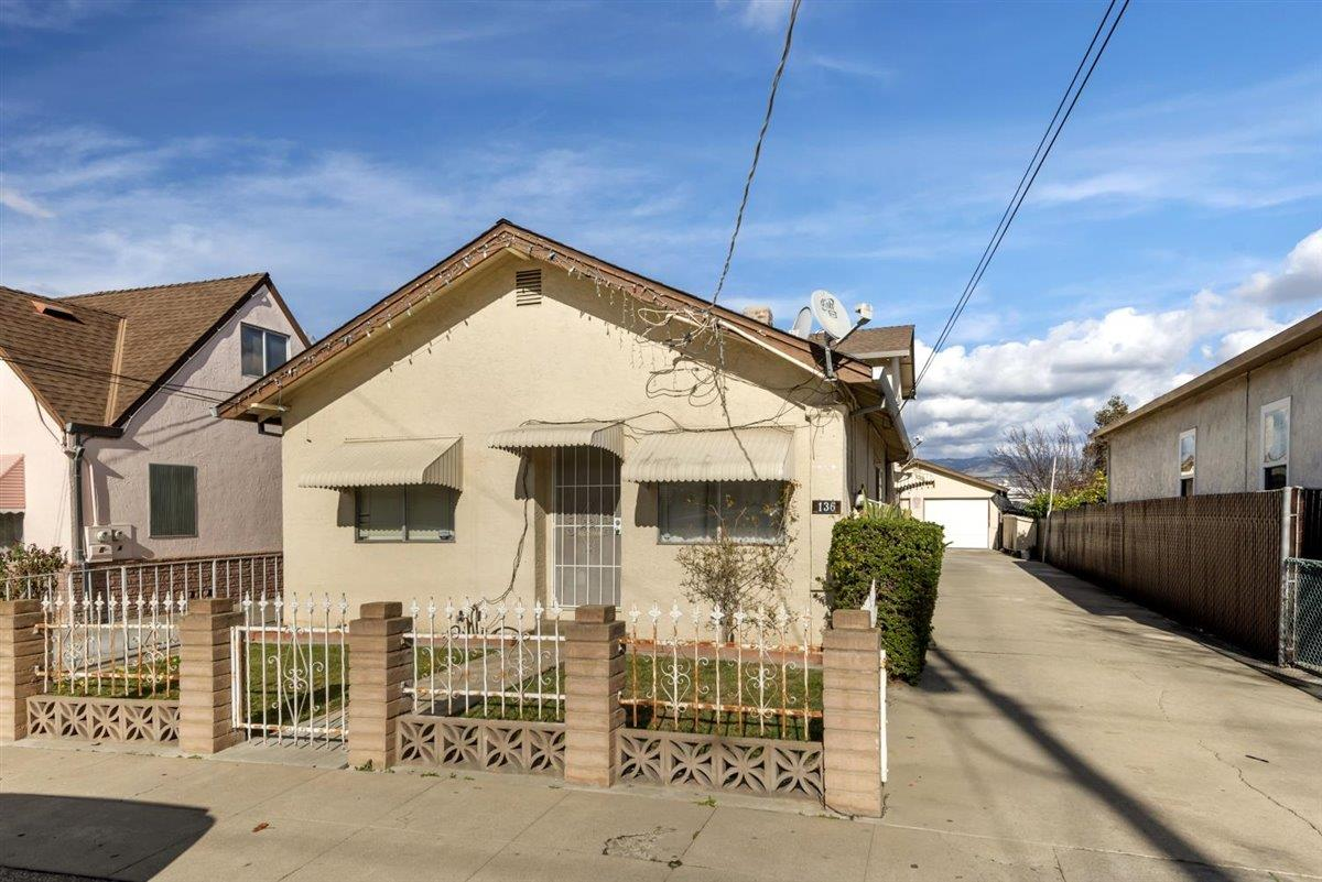 Detail Gallery Image 1 of 25 For 136 N 26th St, San Jose,  CA 95116 - – Beds | – Baths