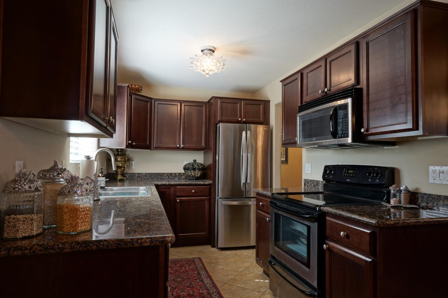 Detail Gallery Image 1 of 9 For 4970 Cherry Ave #107,  San Jose,  CA 95118 - 2 Beds | 1/1 Baths