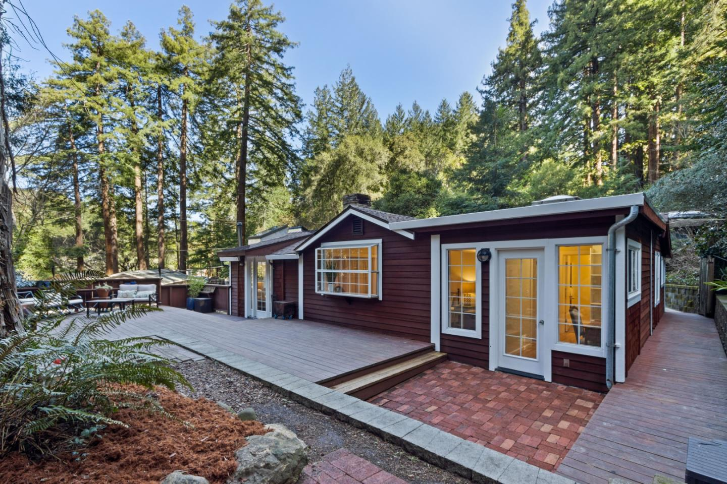 Detail Gallery Image 1 of 1 For 610 Nelson Rd, Scotts Valley,  CA 95066 - 1 Beds | 1 Baths