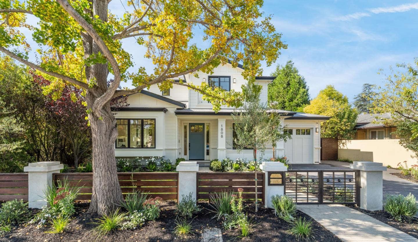 Detail Gallery Image 1 of 49 For 1808 Mark Twain St, Palo Alto,  CA 94303 - 5 Beds   4/2 Baths
