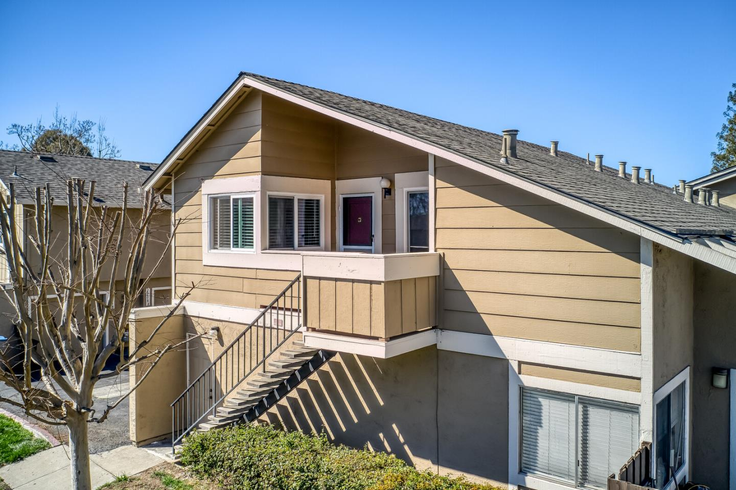 Detail Gallery Image 1 of 1 For 2202 Galveston Ave #B,  San Jose,  CA 95122 - 2 Beds | 1 Baths
