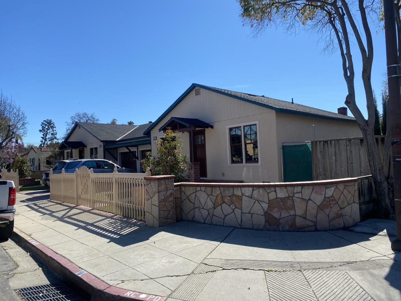 1102-1106 Clinton ST Redwood City CA 94061