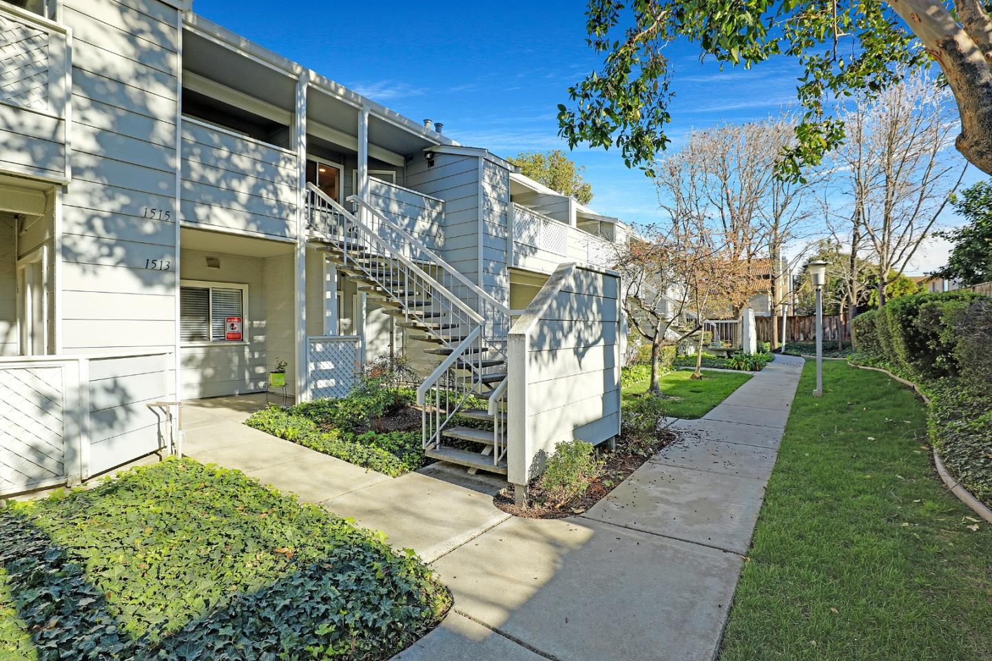 Detail Gallery Image 1 of 1 For 1511 Briartree Dr, San Jose,  CA 95131 - 2 Beds | 2 Baths