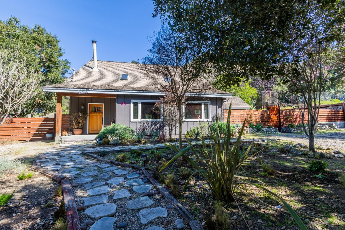 Detail Gallery Image 1 of 31 For 84 Harper Canyon Rd, Salinas,  CA 93908 - 4 Beds   3 Baths
