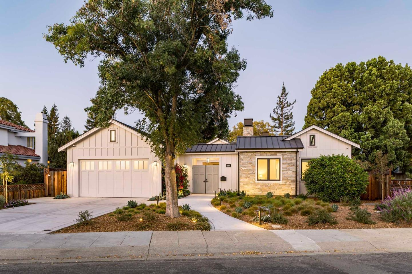 Detail Gallery Image 1 of 1 For 2797 Ross Rd, Palo Alto,  CA 94303 - 4 Beds | 3/1 Baths