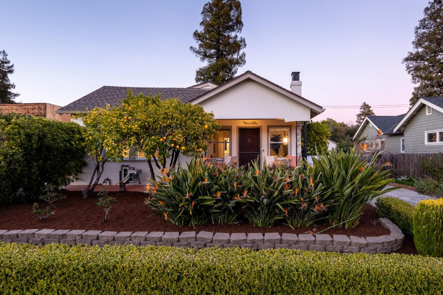 Detail Gallery Image 1 of 1 For 1516 Bernal Ave, Burlingame,  CA 94010 - 2 Beds | 1 Baths