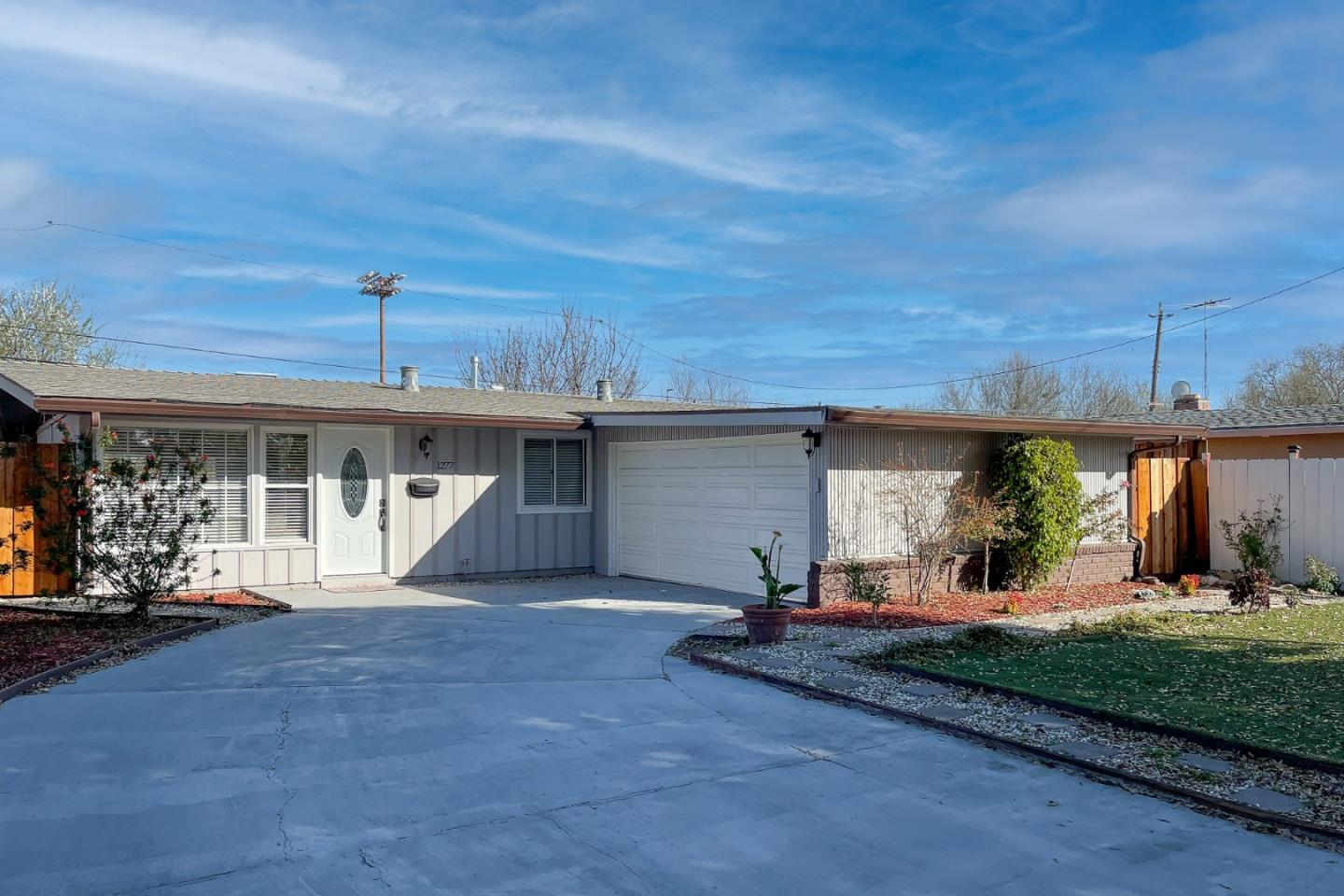 Detail Gallery Image 1 of 1 For 1277 Manzano Way, Sunnyvale,  CA 94089 - 3 Beds   2 Baths