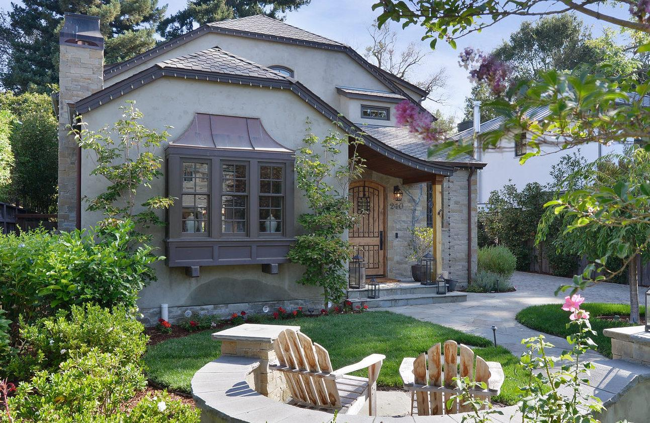 Detail Gallery Image 1 of 1 For 240 Princeton Rd, Menlo Park,  CA 94025 - 5 Beds   4/1 Baths