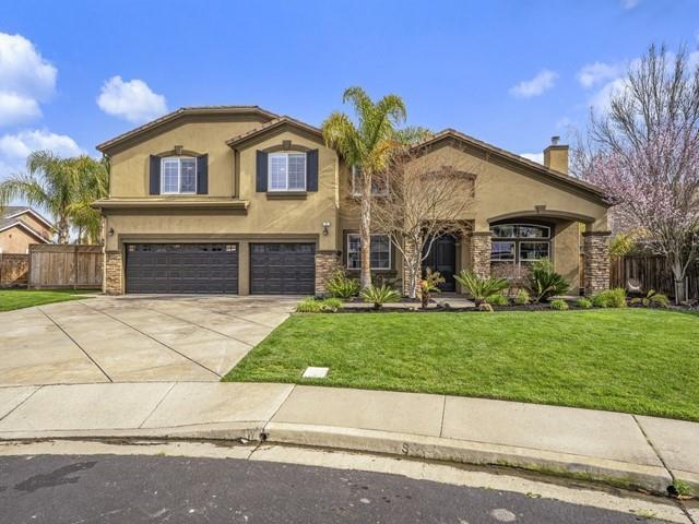 Detail Gallery Image 1 of 1 For 2 Windmill Ct, San Ramon,  CA 94583 - 6 Beds | 4/1 Baths