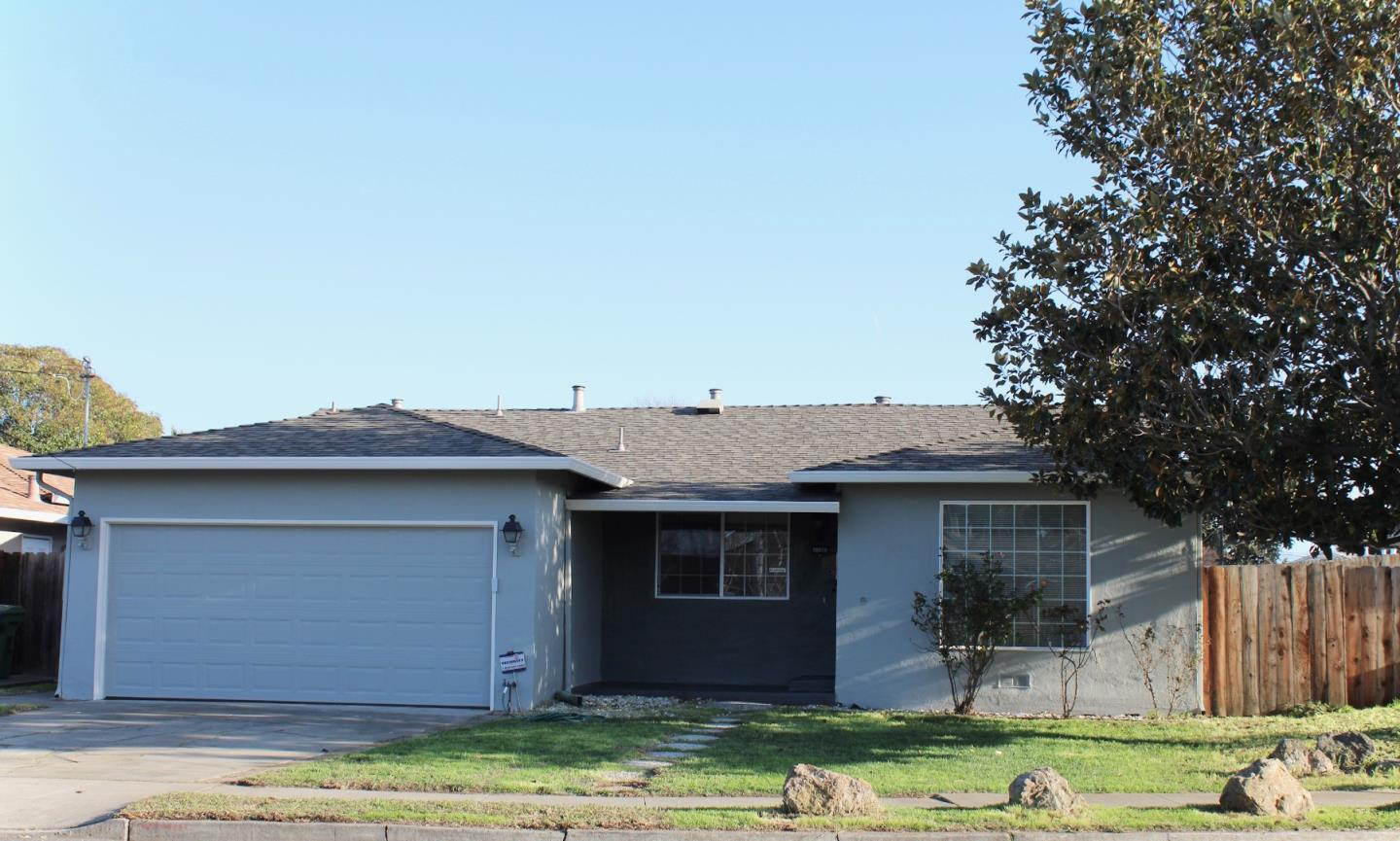Detail Gallery Image 1 of 1 For 36015 Pizarro Dr, Fremont,  CA 94536 - 3 Beds   2 Baths