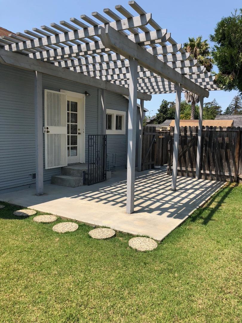 Detail Gallery Image 1 of 1 For 105 Kennedy Ave, Campbell,  CA 95008 - 2 Beds | 1 Baths